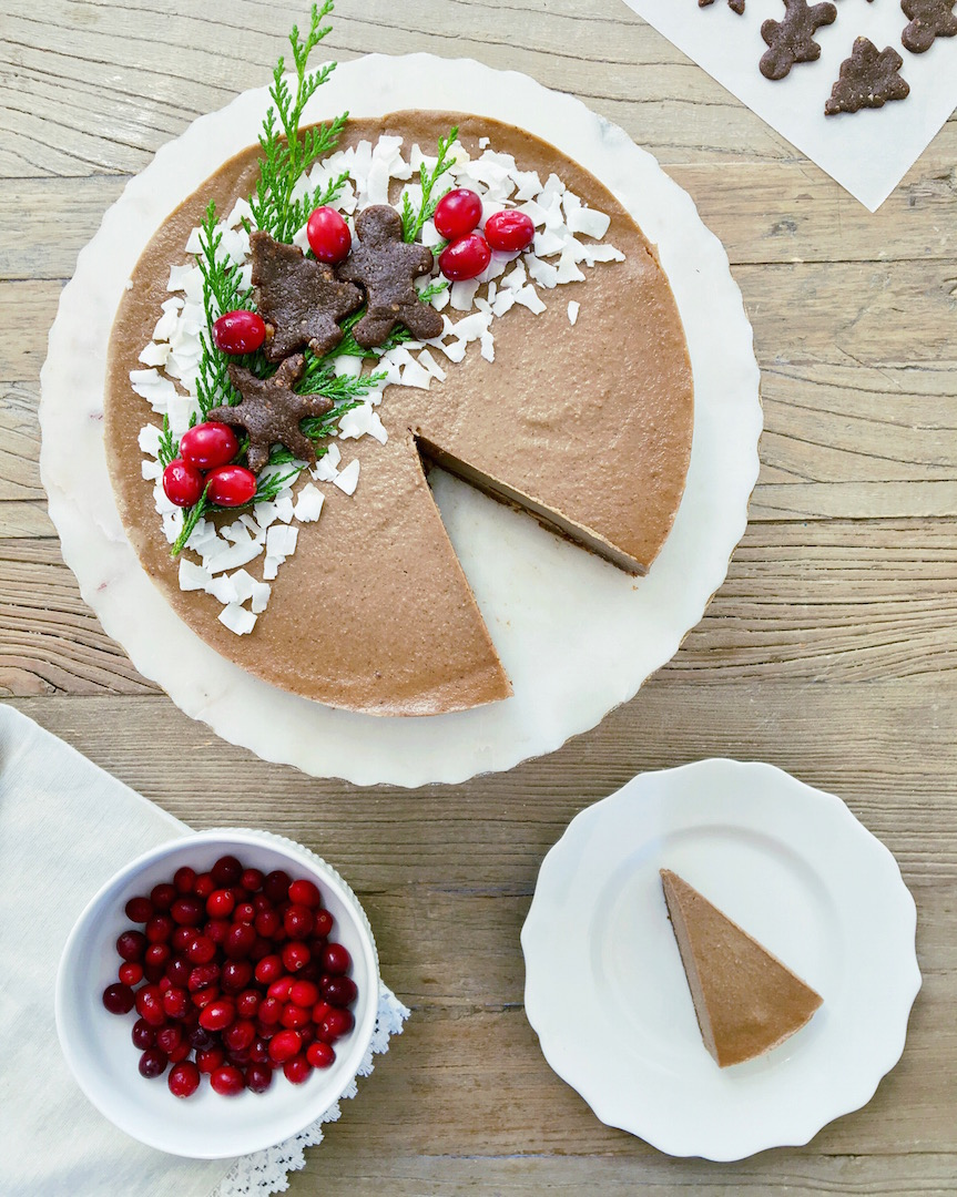 Gingerbread Cheesecake & Cookies (Raw, Vegan) by Plantbased Baker