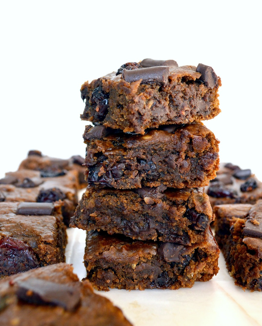 Gingerbread Cranberry Chocolate Chunk Chickpea Blondies