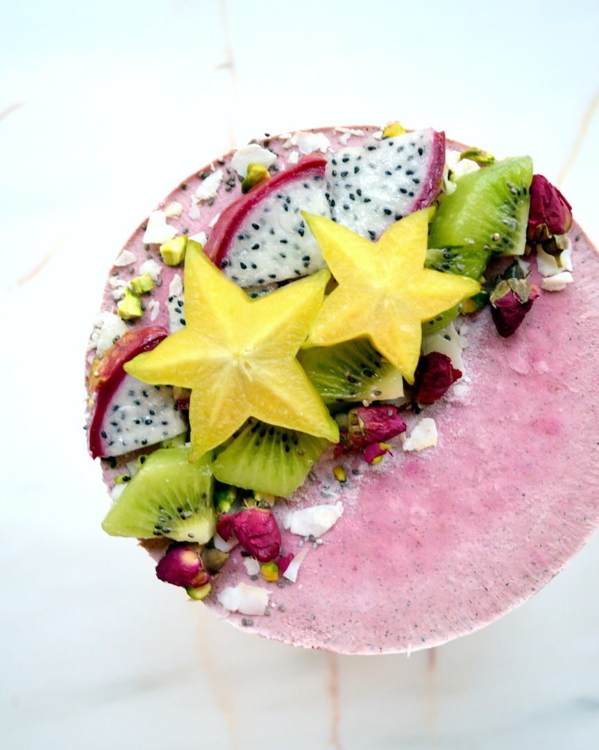 Dragonfruit Kiwi Cheesecake